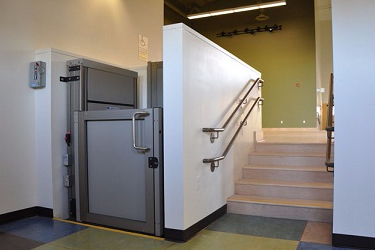 Reconditioned Platform Lift